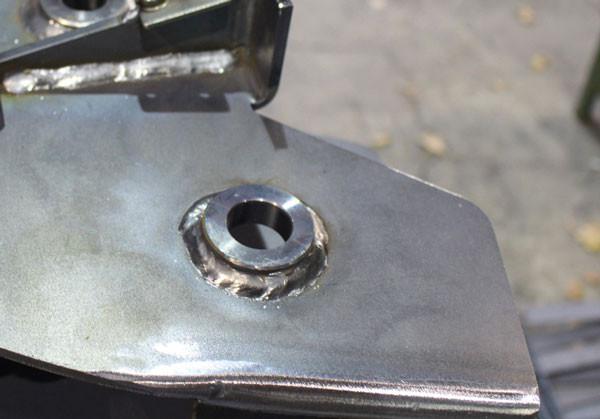 Impuls-Schweißnähte mit REHM Schweißgeräten an Fahrzeugteilen