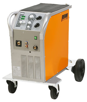 MIG/MAG-Schweißgerät SYNERGIC.PRO² mit 250 Ampere
