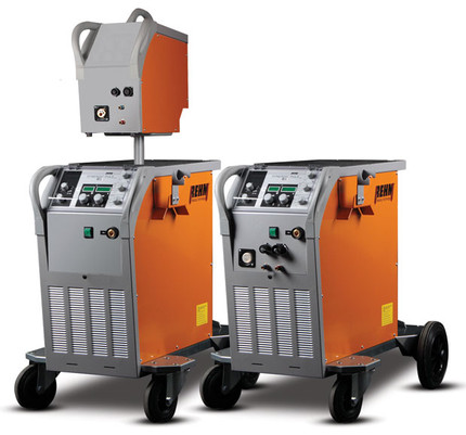 Impuls Schweißgerät SYNERGIC.PULS mit bis zu 430 Ampere von REHM Schweißtechnik