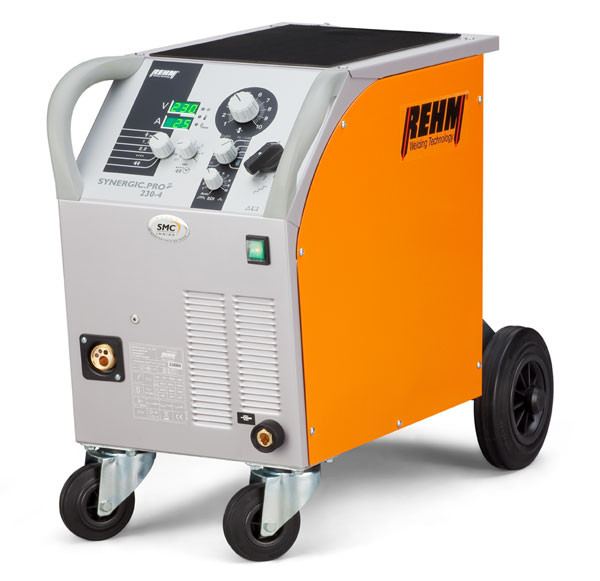 MIG / MAG welding machine SYNERGIC.PRO² with 170 to 310 Amp