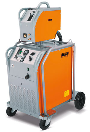 MIG / MAG welding machine SYNERGIC.PRO² with up to 600 Amp and REHM POWER.ARC technology